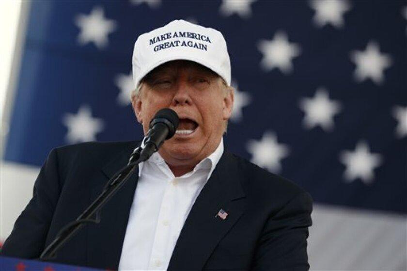 Una encuesta del voto anticipado presentada hoy ante los medios en Jerusalén da la victoria al candidato republicano, Donald Trump, con un 49% de votos estadounidenses en Israel frente al 44% que optó por la demócrata, Hillary Clinton.