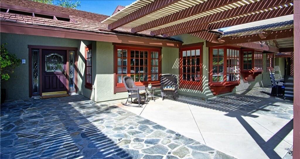 Dennis Rodman's former home   Hot Property