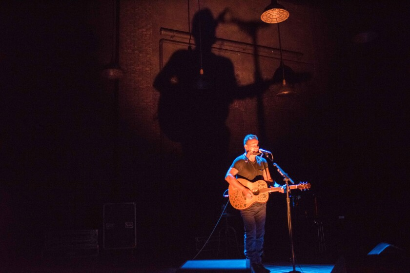 Bruce Springsteen in SPRINGSTEEN ON BROADWAY. Photo by Rob DeMartin