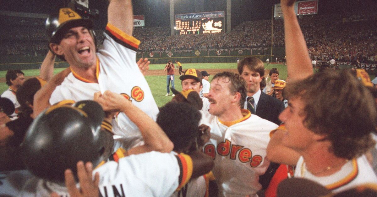 Looking back at how the 1984 and 1998 Padres teams were built