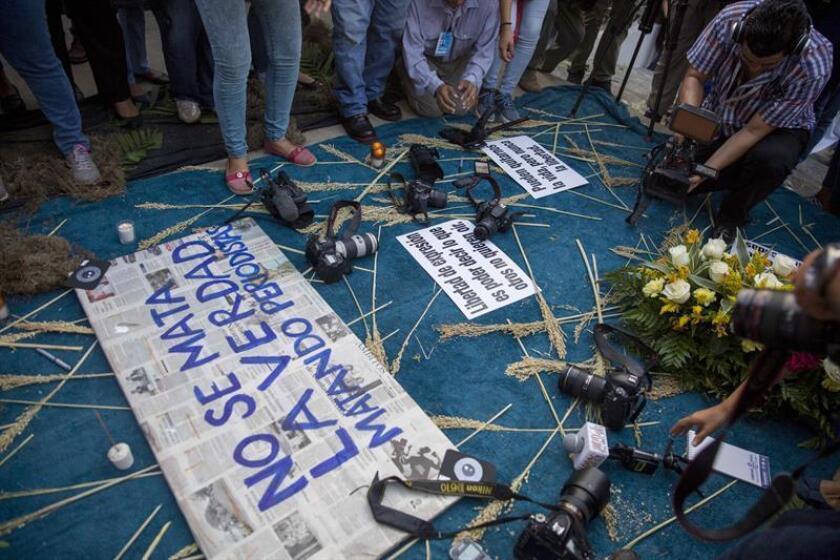 La ausencia de justicia en los países donde se cometen asesinatos de periodistas arraiga la atmósfera de censura, denunció hoy el Comité para la Protección de los Periodistas (CPJ, en sus siglas en inglés) con base en su último índice de impunidad global, que en 2018 está encabezado de nuevo por Somalia. EFE/Archivo