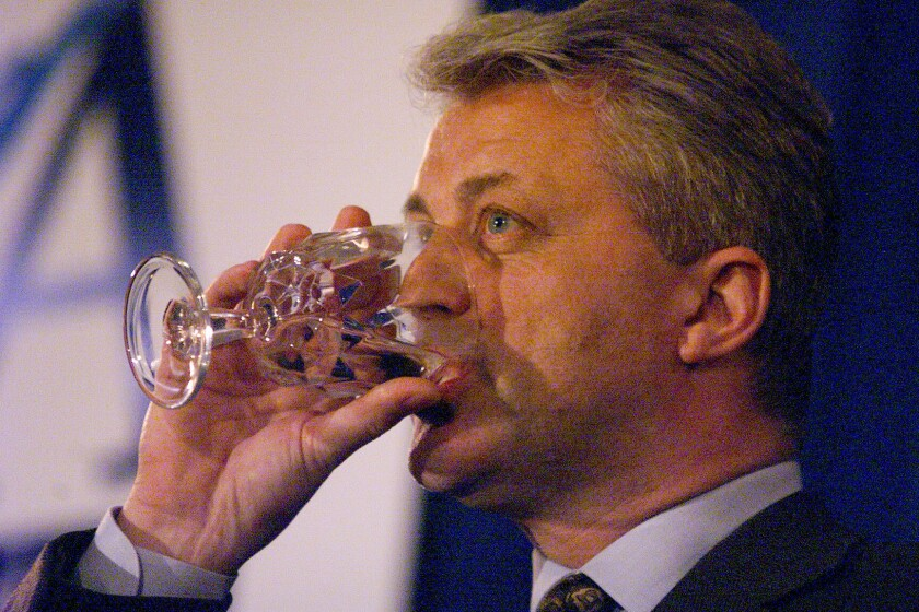Cadiz founder Keith Brackpool drinks a glass of water in 2000, when his company still had believers.