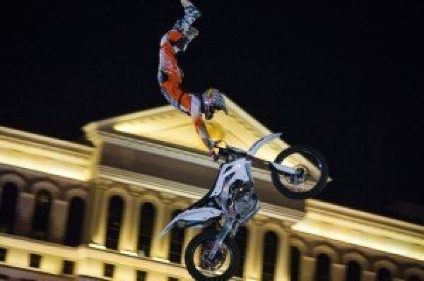 High-flying motorcycle exhibition