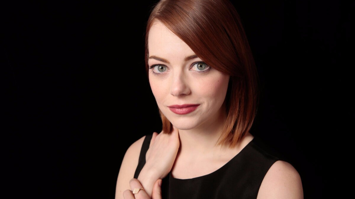 Emma Stone Is Engaged To Snl Writer Dave Mccary Los Angeles Times