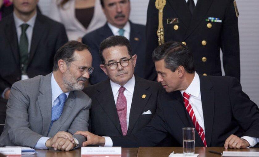 Enrique Peña Nieto, Gustavo Madero