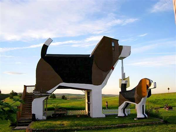 Dog Bark Park Inn, 2421 Business Highway 95, Cottonwood, Idaho, DogBarkParkInn.com. Man's best friend just got a whole lot bigger. Visitors to Dog Bark Park can see Sweet Willy, one of the world's biggest beagles, and sleep inside him too: The giant pooch is also a cozy bed-and-breakfast. Dennis Sullivan, who runs the B&B with his wife, Frances Conklin, designed and created the pooch himself. -- Kelsey Ramos, Los Angeles Times