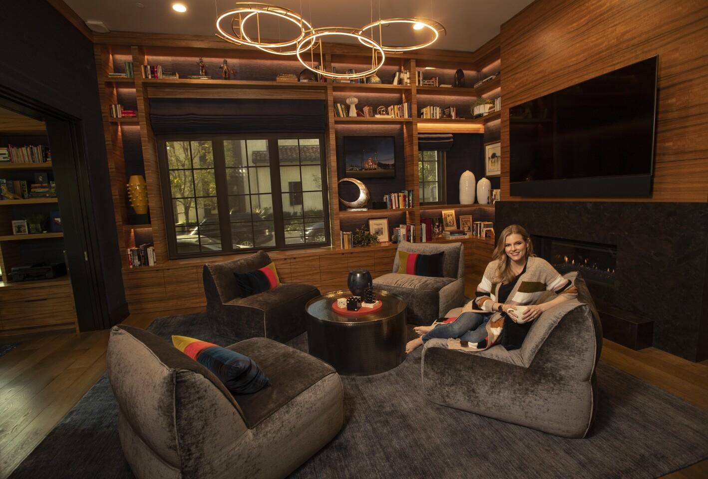 471402-la-fi-hp-favorite-room-chelsey-crisp2-MAM.jpg
