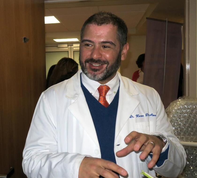 El doctor del Centro Pediátrico del Corazón ABC Kardias, Héctor Diliz Nava, conversa este martes con Efe, al termino de una rueda de prensa en Ciudad de México (México). EFE