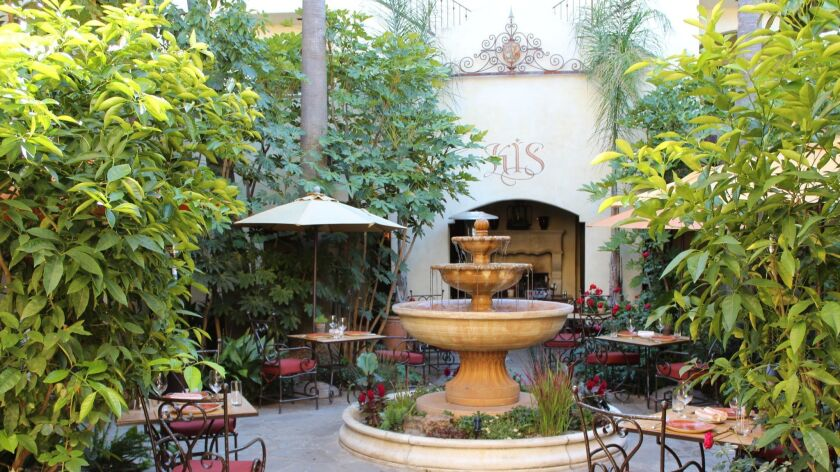 Unwind after a day on the wine tasting trail at the idyllic Kenwood Inn & Spa in Sonoma Valley. A sc