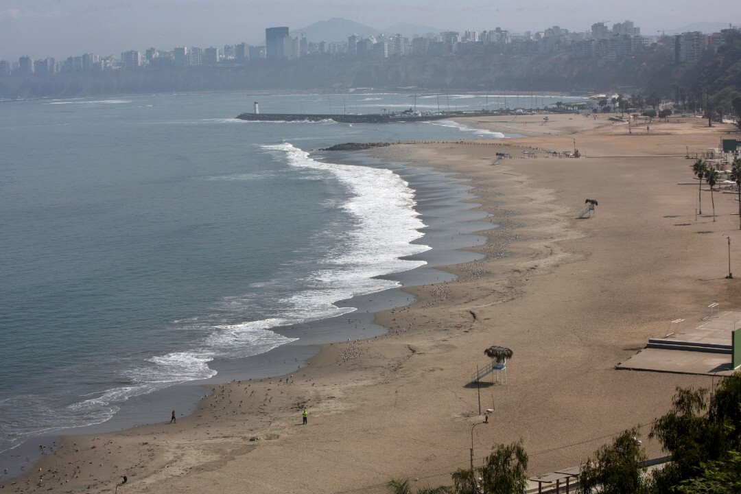 Agua Dulce beach on March 21, after coronavirus restrictions were enacted.