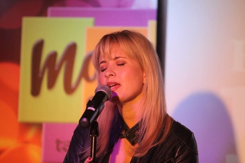 Singer Ashley Fox Linton has contributed to the Children's Holiday Magic Project for many years.