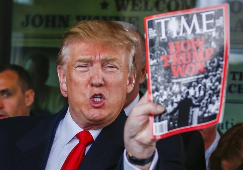 """El presidente Donald Trump ha organizado un concurso entre sus seguidores a través de la web de su campaña para las elecciones de 2020, a fin de """"coronar al rey de las noticias falsas"""" con tres candidaturas: las cadenas televisivas CNN y ABC y la revista Time. EFE/ARCHIVO"""