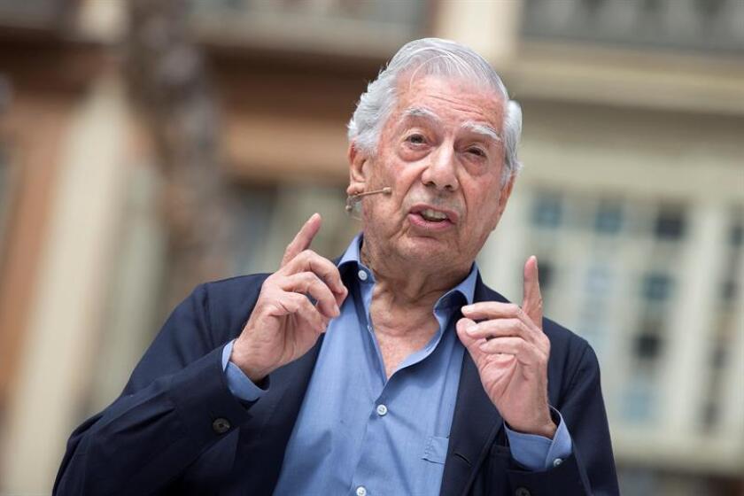 Fotografía de archivo del premio Nobel de Literatura Mario Vargas Llosa. EFE/Archivo