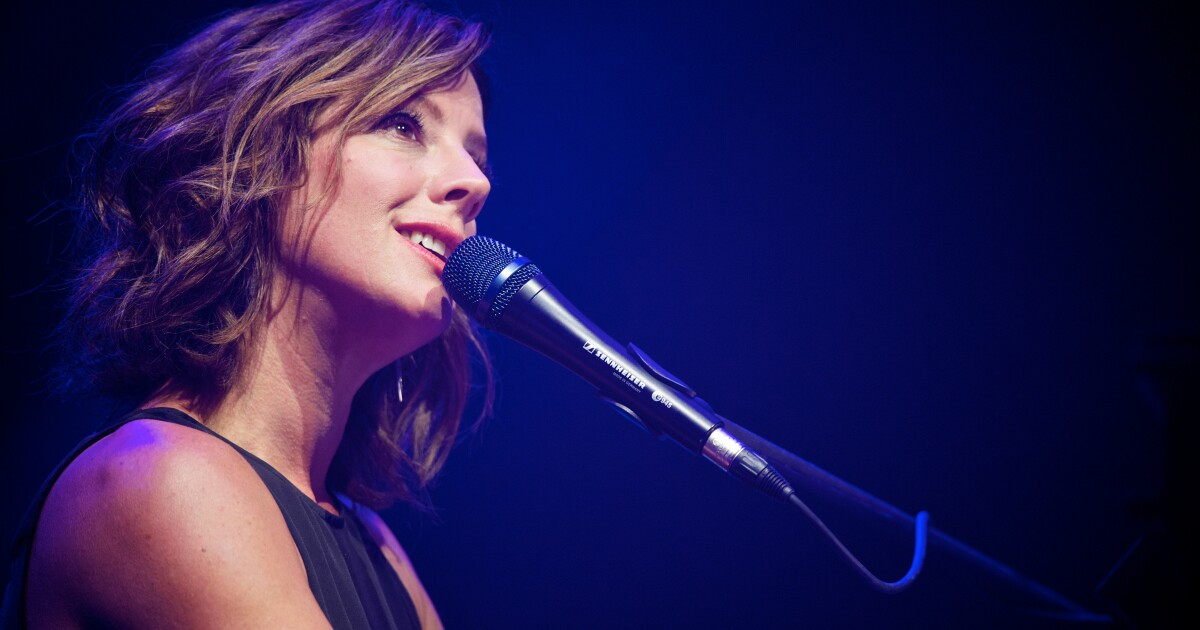 Review: Sarah McLachlan flawless in San Diego concert