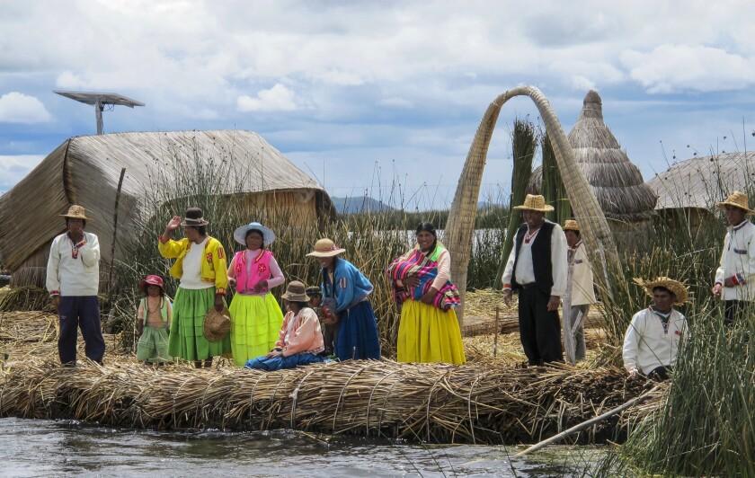 la-tr-travel-peru-titicaca-10.JPG