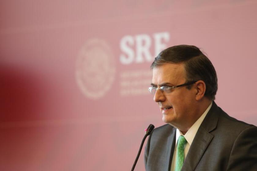 El secretario de Relaciones Exteriores de México, Marcelo Ebrard, ofrece una rueda de prensa en Ciudad de México (México). EFE/ Sáshenka Gutierrez/Archivo