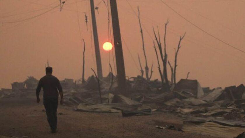 Es que esa fuerza, ese aguante, esa resiliencia con que los chilenos enfrentan catástrofes como esta es contagiosa, inspiradora.