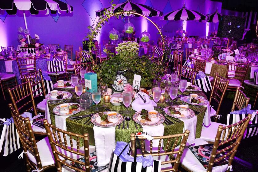 A 'Wonderland'-themed table setting