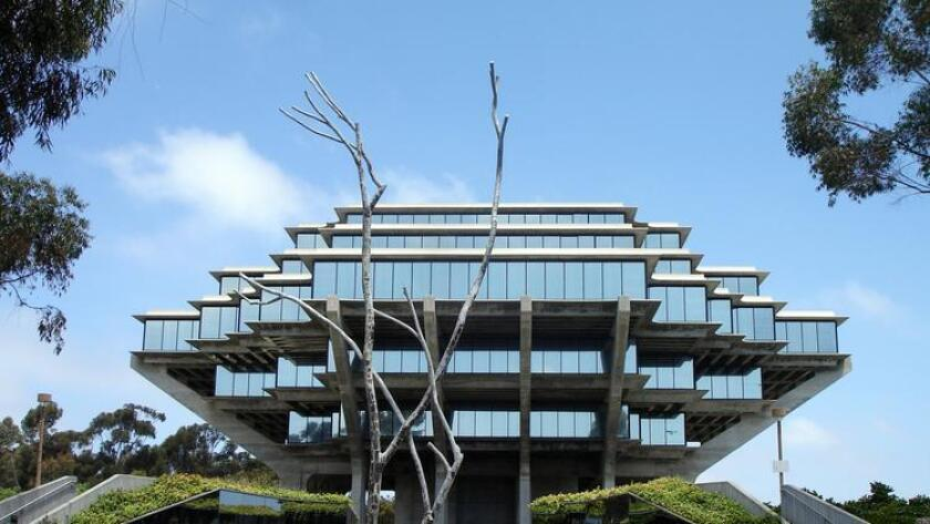 sddsd-geisel_library_ucsd-20160820