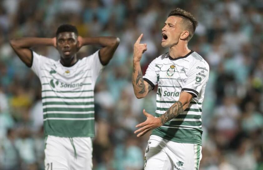 Santos Laguna lidera el Apertura mexicano; uruguayo Brian Lozano a goleadores