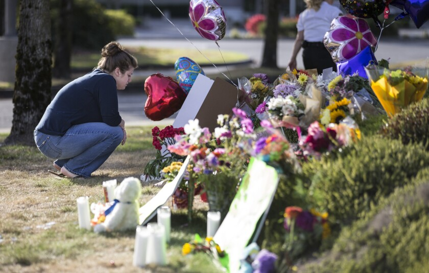 Mall shooting memorial