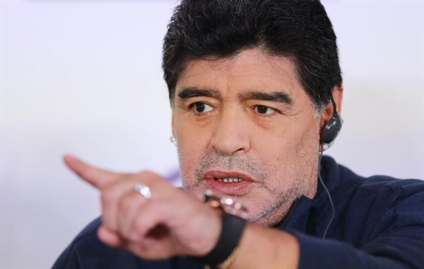 En la imagen, el exfutbolista argentino Diego Maradona. EFE/Archivo