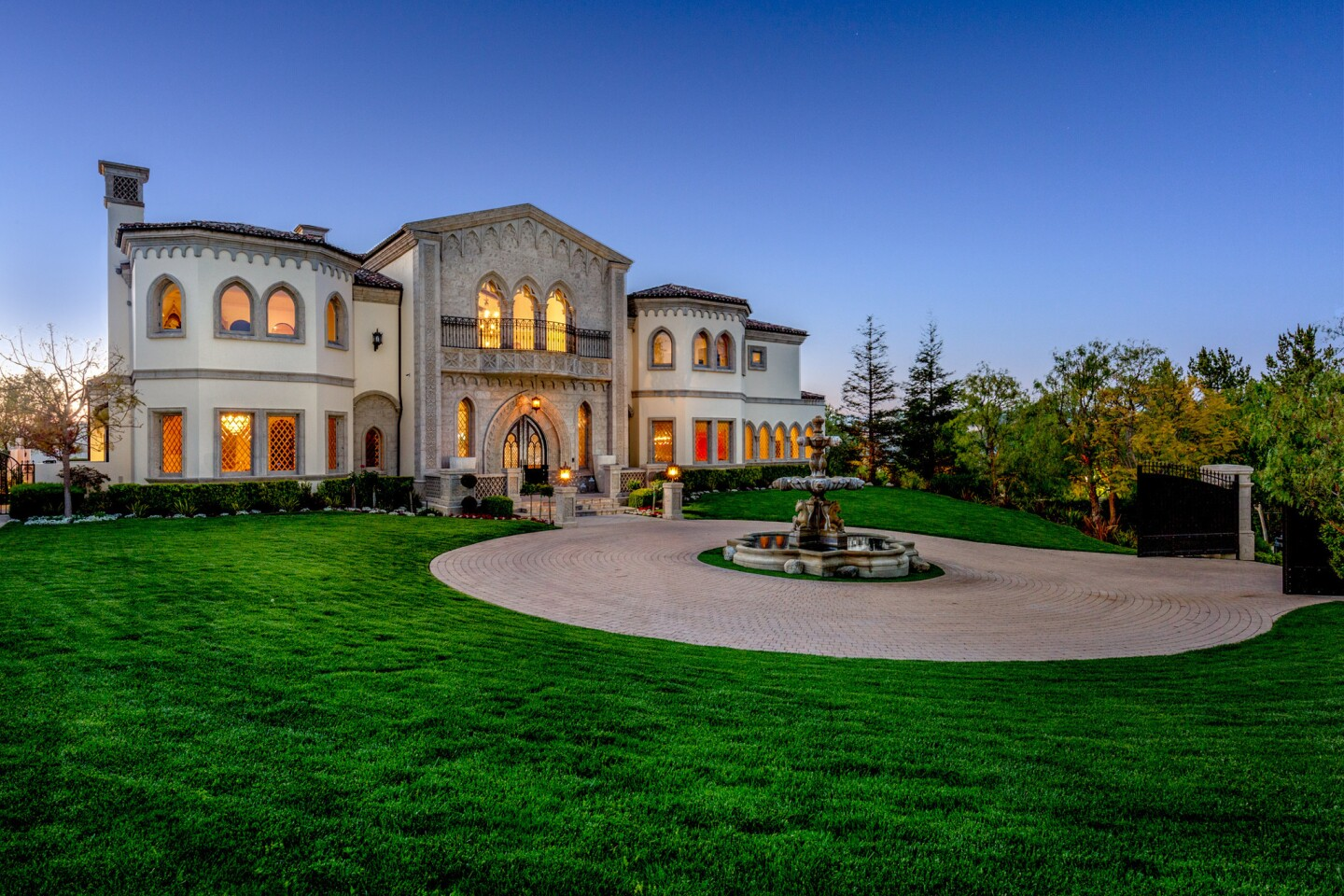 David Gebbia's Beverly Hills Post Office mansion | Hot Property