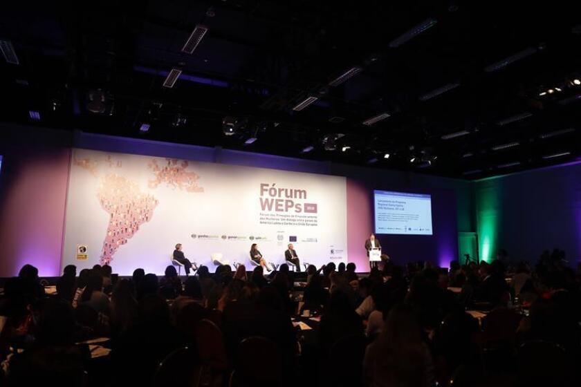 Vista general durante el diálogo sobre el papel de las empresas y los gobiernos en el combate a la violencia de la mujer y su empoderamiento económico, promovido por la ONU, la Organización Internacional del Trabajo (OIT) y la Unión Europea, en Sao Paulo (Brasil). EFE