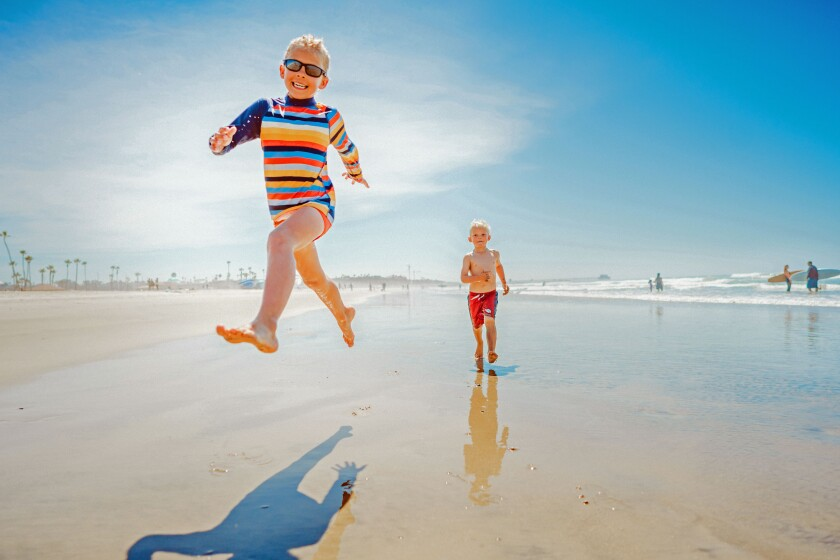 Kids Playing at the Beach-DSC06479.jpg