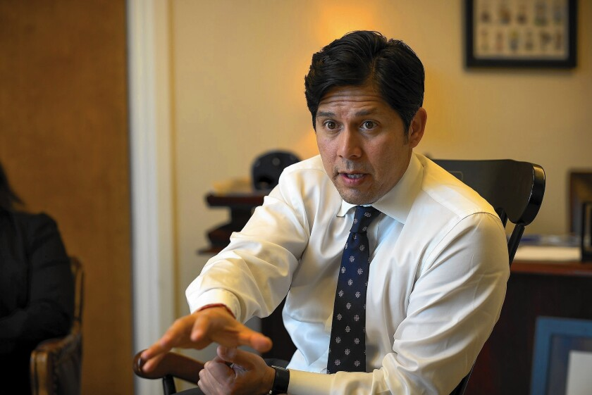State Senate leader Kevin de León has offered an alternative proposal for raising tuition throughout the UC system that would significantly boost the amount that out-of-state students pay.