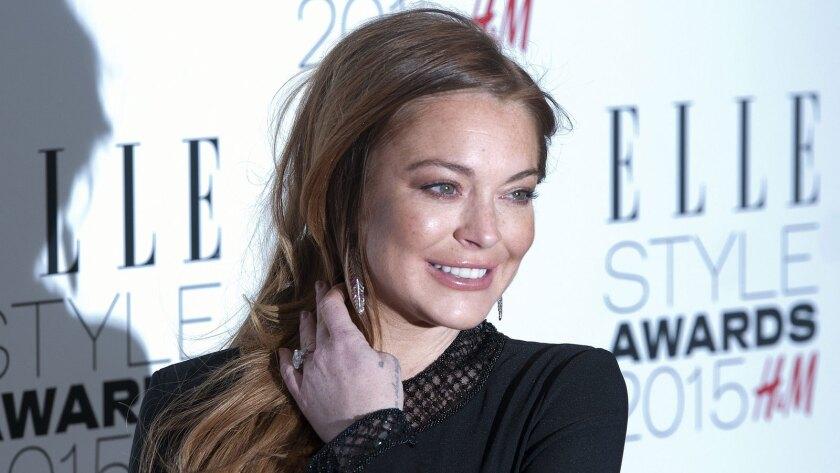 Lindsay Lohan gets more community service