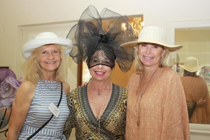 womans-club-hat-party-6-20190801