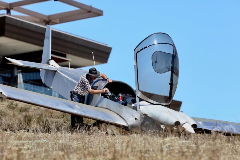 Pilot plane crash.jpg