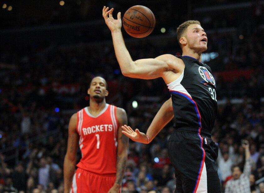 Blake Griffin (d) anotó 35 puntos para los Angeles Clippers.