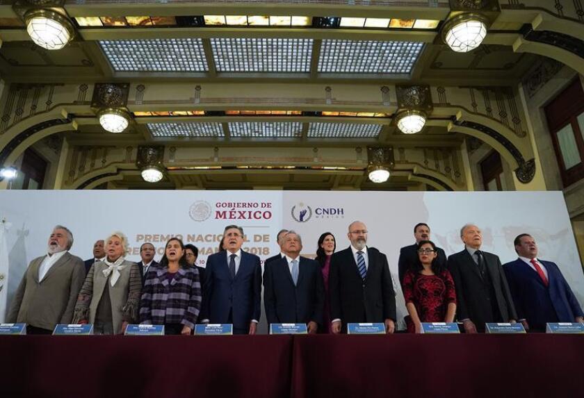 Presidente mexicano promete respetar autonomía de Comisión de DD.HH.