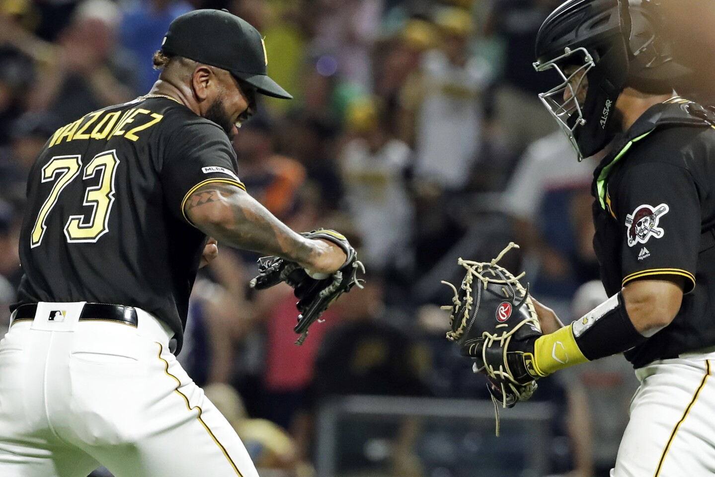 Padres on deck: Off to Pittsburgh