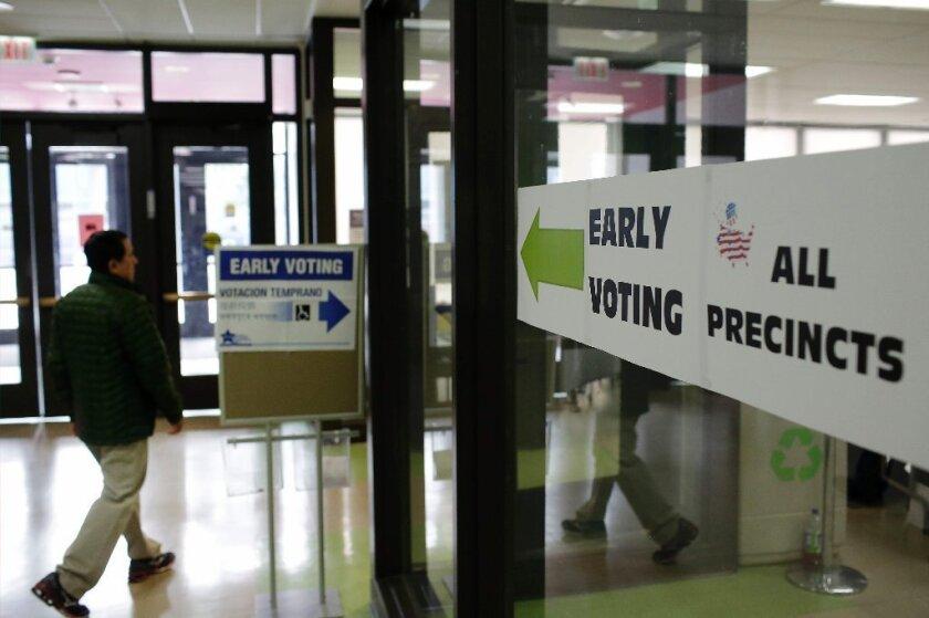 En conjunto, 37 estados ya están ofreciendo el voto temprano, algunos de ellos empezaron el servicio el 16 de septiembre.