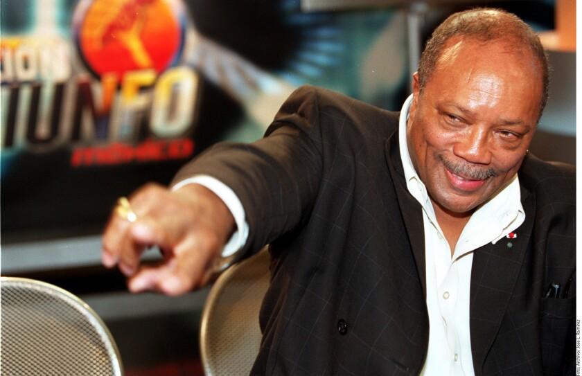 El productor y compositor Quincy Jones reveló que tiene 22 novias y que todas se conocen entre sí.