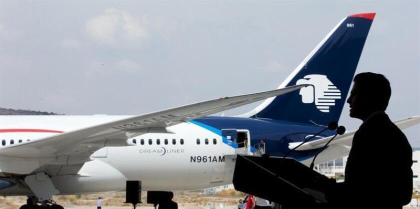 Las aerolíneas Delta y Aeroméxico aceptaron hoy una resolución del Departamento de Transporte de EE.UU. que les otorga inmunidad antimonopolio y les permite sellar un acuerdo de colaboración que beneficiará a los clientes de ambas empresas. EFE/ARCHIVO/SOLO USO EDITORIAL