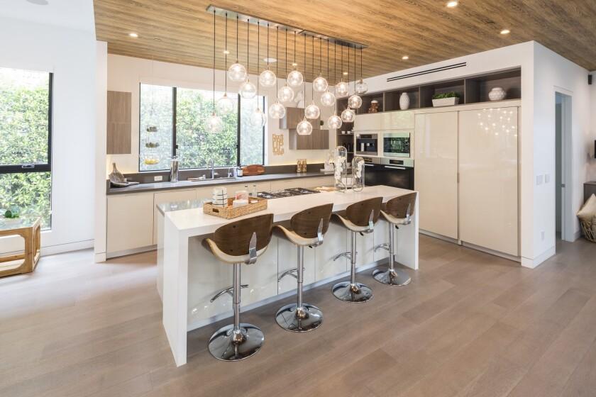 Tyra Banks' Pacific Palisades home | Hot Property