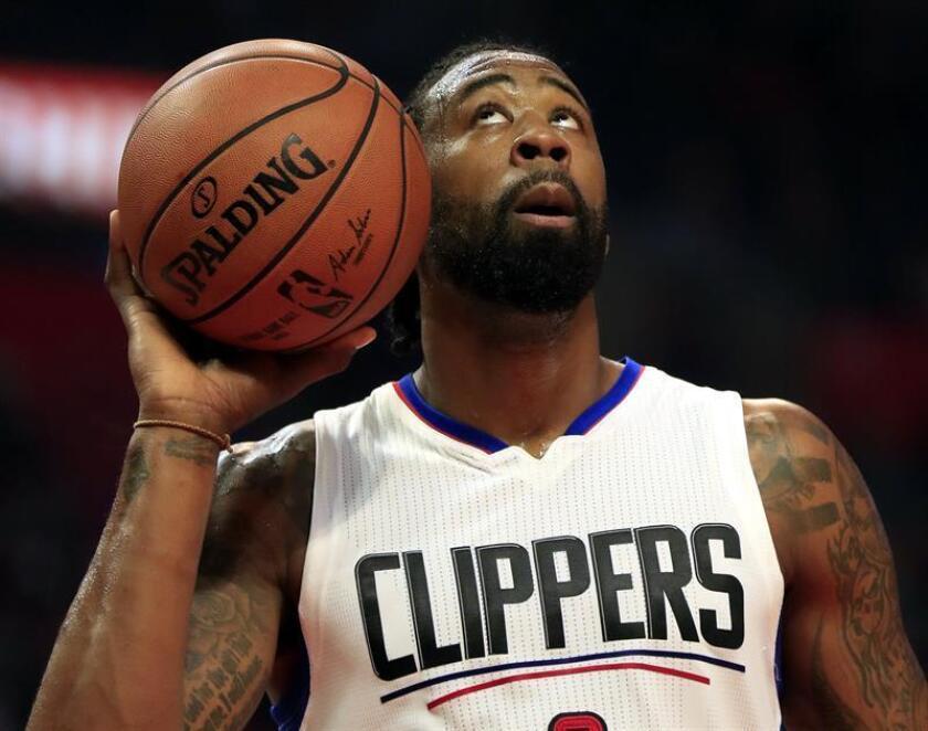 En la imagen, el jugador de los Clippers de Los Angeles, DeAndre Jordan. EFE/Archivo
