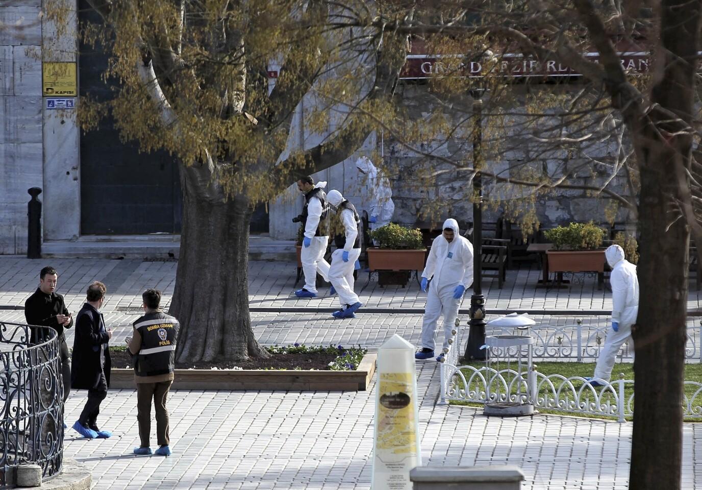 Blast in Turkey kills 10