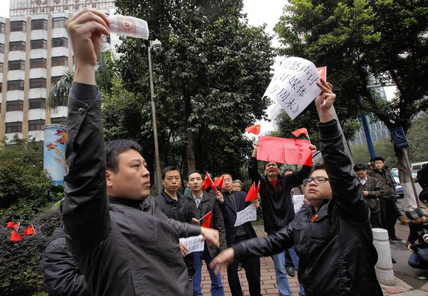 In China, press censorship protests continue
