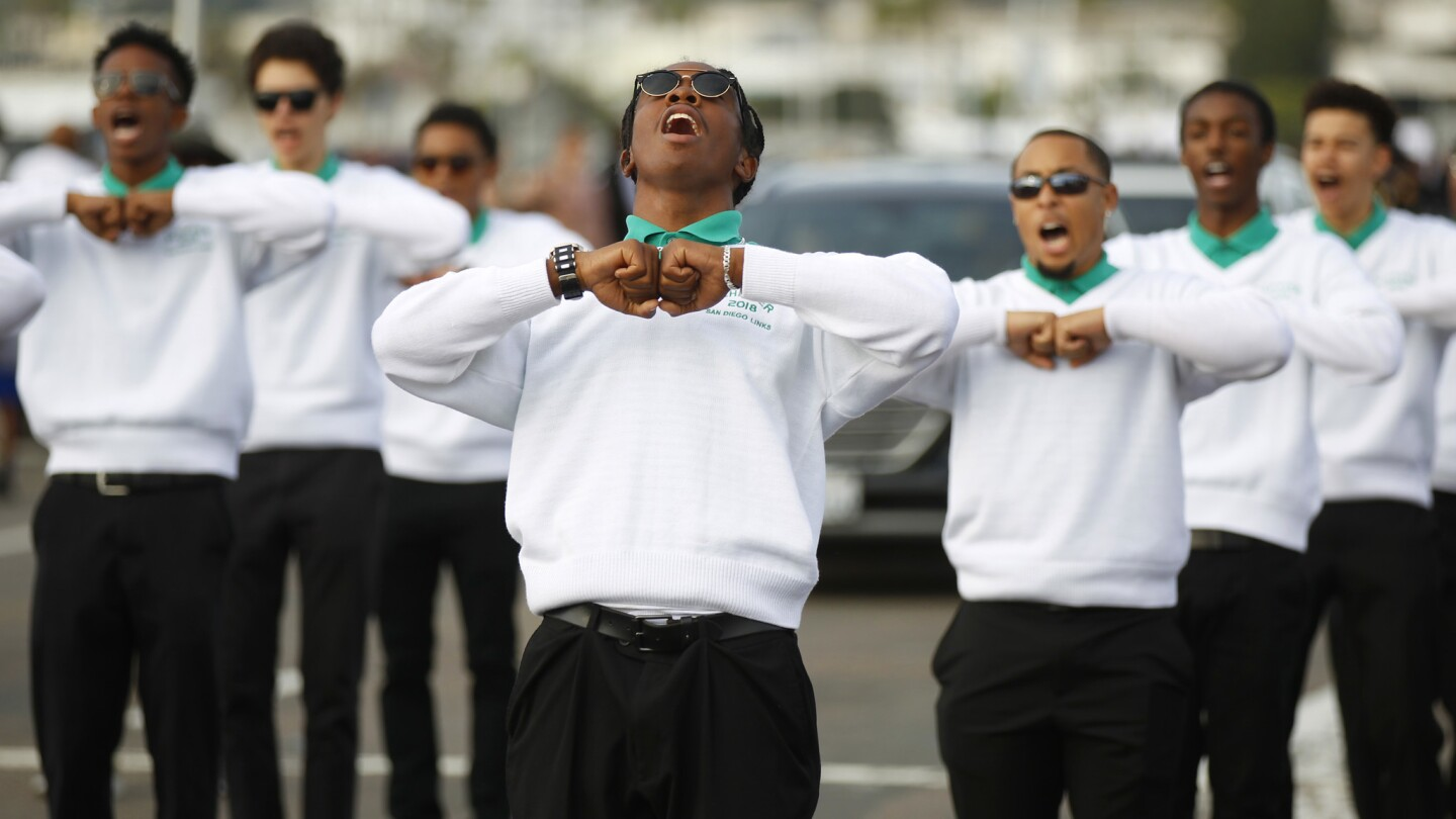 San Diego Links Achievers participate in the 38th Annual Martin Luther King Jr. Parade along Harbor Drive in San Diego on Sunday, Jan. 14, 2018. (Photo by K.C. Alfred/ San Diego Union-Tribune)