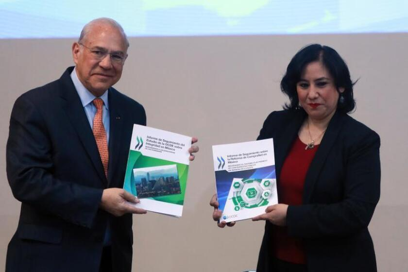 Gobierno mexicano alienta a ciudadanos a denunciar corrupción mediante web