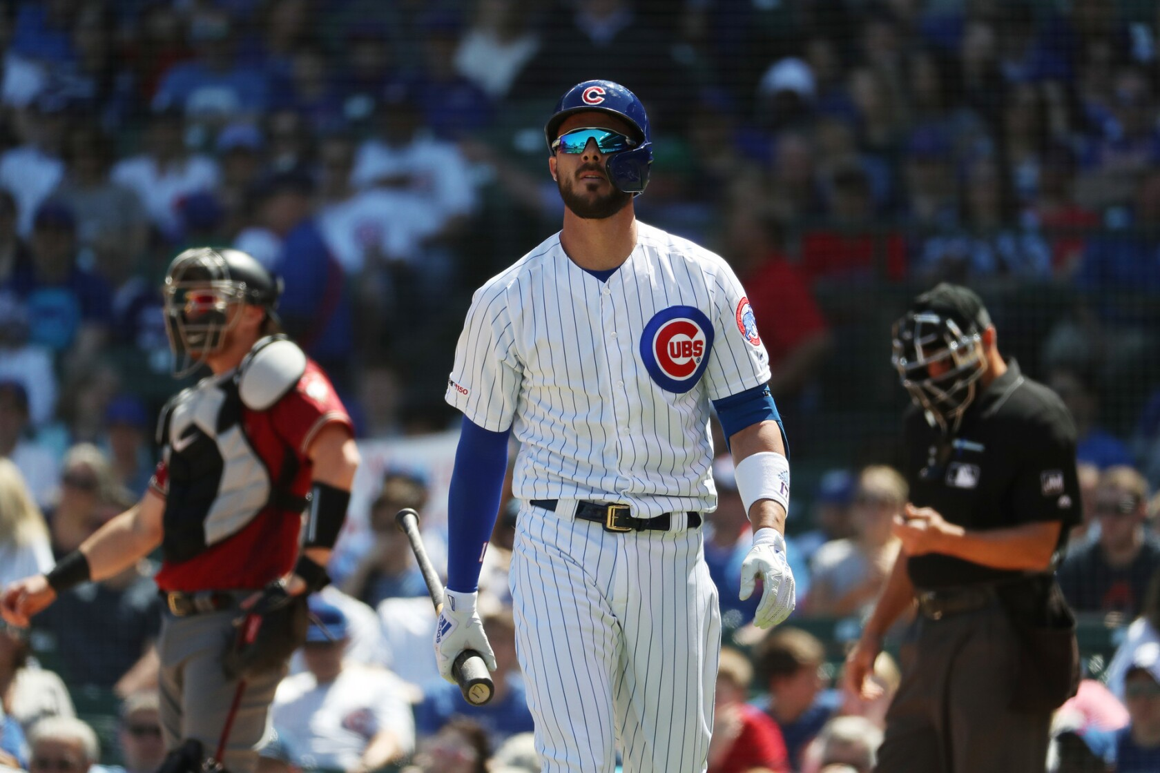 Kris Bryant relishes early Mother's Day gift - Los Angeles Times
