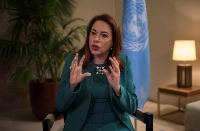 """La presidenta de la Asamblea General de la ONU, la ecuatoriana María Fernanda Espinosa, ofrece una entrevista concedida a la Agencia EFE en Marrakech (Marruecos), hoy, 11 de diciembre de 2018, en la que afirmó que el mundo necesita de mucha pedagogía para que las sociedades pierdan el miedo a la migración y comprendan que la diversidad """"no hay que sufrirla, sino disfrutarla"""". EFE"""