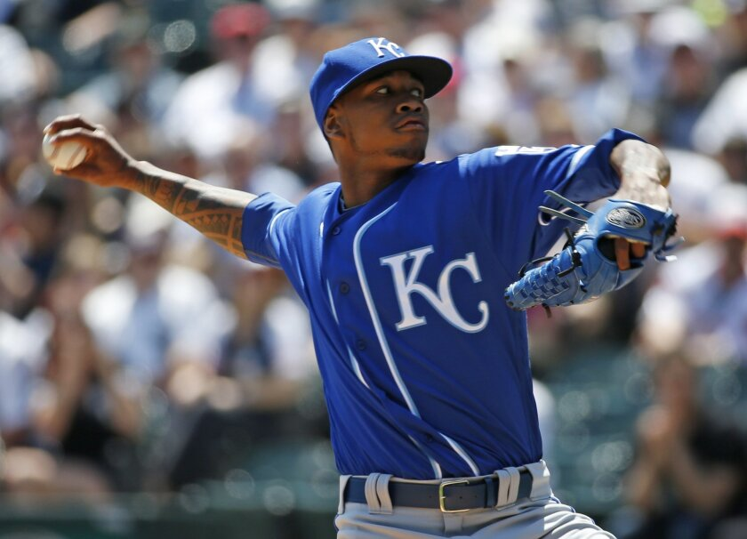Kansas City Royals starter Yordano Ventura throws against the Chicago White Sox during the first inning of a baseball game Sunday, May 22, 2016, in Chicago. (AP Photo/Nam Y. Huh)