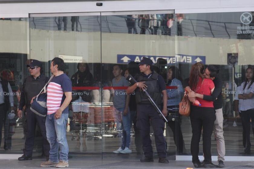 La Zona Metropolitana del Valle de México amaneció este viernes, Día de Reyes, con nuevos saqueos en varios establecimientos y tiendas comerciales y al menos 130 detenidos, la mayoría en el Estado de México. EFE/ARCHIVO