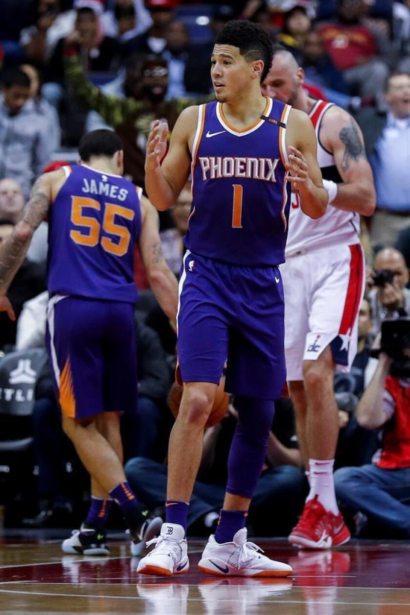 Devin Booker de los Phoenix Suns. EFE/Archivo
